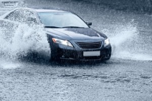 Driving in the rain, tips for driving on slick roads
